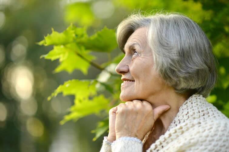 Var kan jag träffa äldre kvinnor?