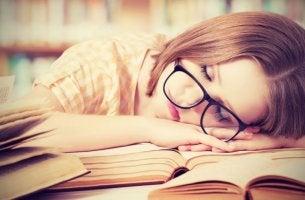 Lider av sömnbrist