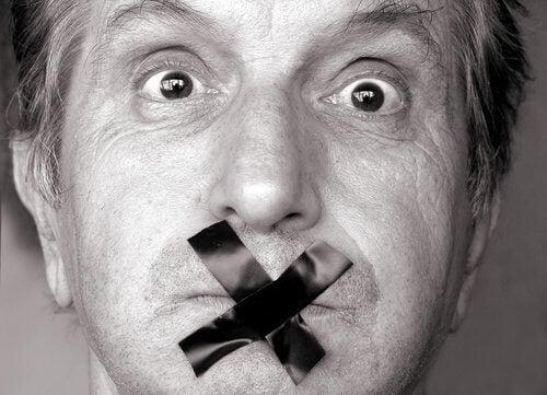 7 tillfällen då det är bättre att vara tyst