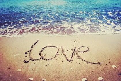 Kärlek i sanden