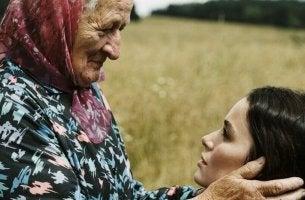 Mormor och barnbarn