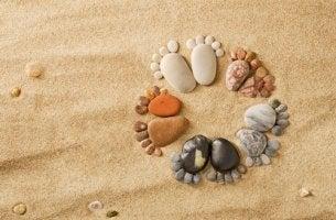 Stenar i sanden