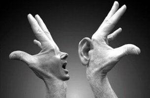 Kommunikation med händer