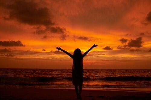 Solnedgång på strand