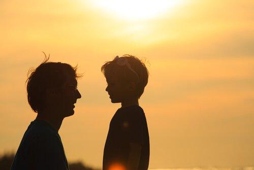 Disciplin och kärlek: hur man utbildar barn