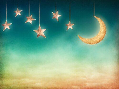 Hängande måne & stjärnor