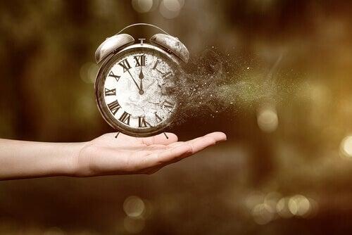 Klocka försvinner