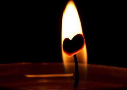 Hjärta i ljus