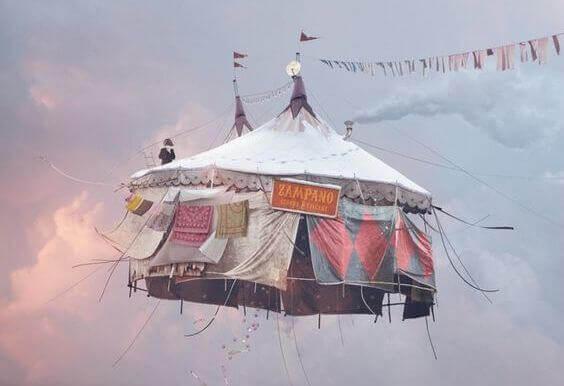 Flygande cirkustält