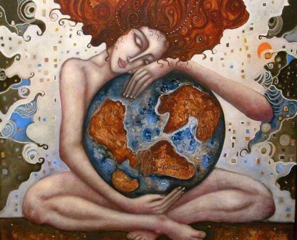 Kvinna kramar jorden