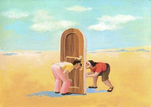 Personer vid dörr