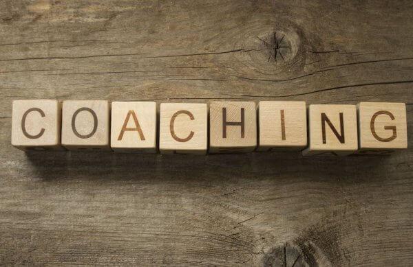 Vad är skillnaden mellan en coach och en psykolog?