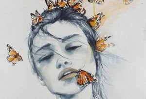 Fjärilar på kvinna