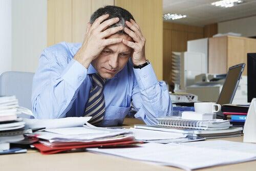 grått hår stress