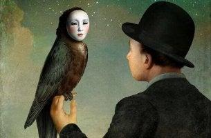 Man med fågel