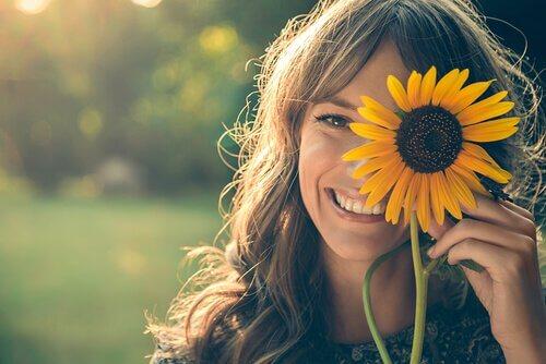 Kvinna med solros