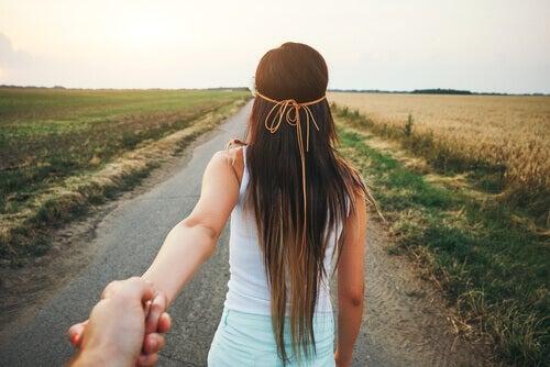 Du kommer att komma längre med någon vid din sida