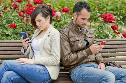 Sociala nätverk kan vara slutet på er relation