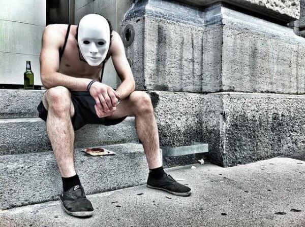 Man med mask