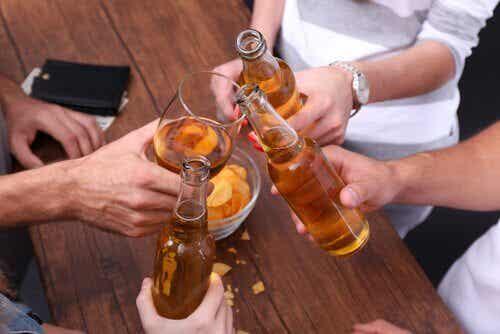 Den tunna linjen mellan alkoholism och en vana