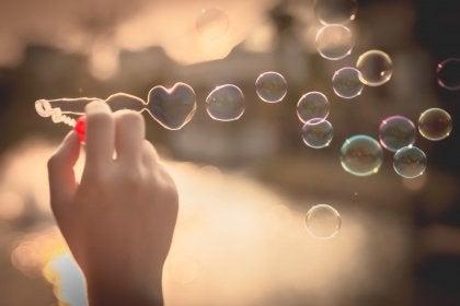 Hjärtformad bubbla