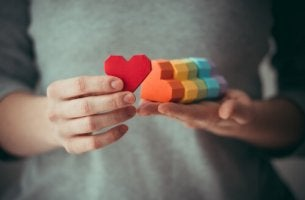 Döm inte homosexualitet