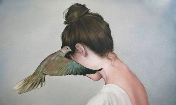 Fågel och kvinna