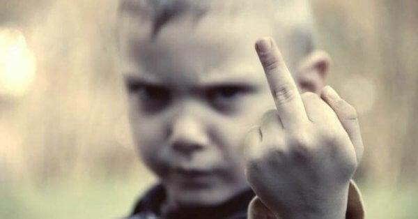 De 10 budorden för att skämma bort dina barn