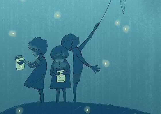 Barn fångar eldflugor
