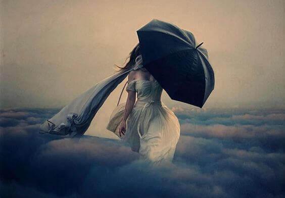 Gå bland molnen