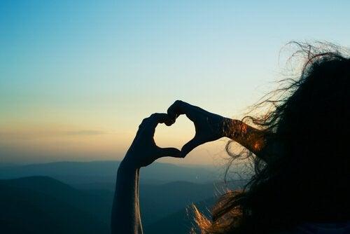 Hjärtformade händer