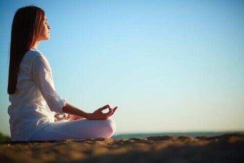Meditation och andra icke-farmakologiska behandlingar
