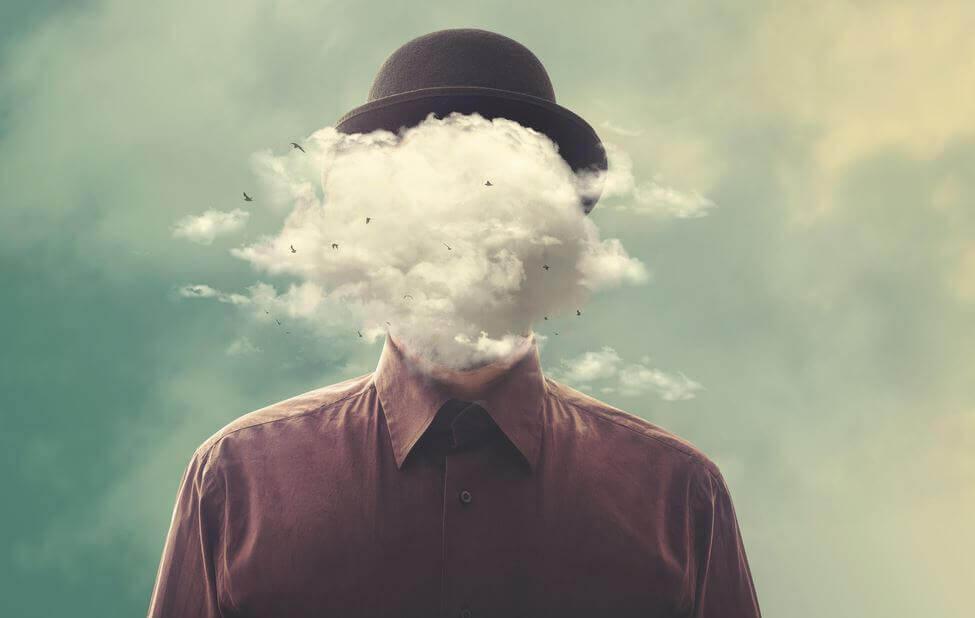 Huvudet bland molnen