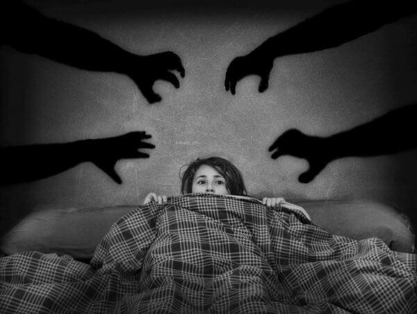 Rädd flicka