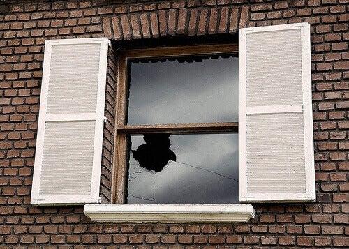 Trasiga fönster-teorin