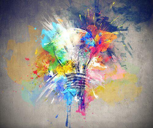 Glödlampa med färger