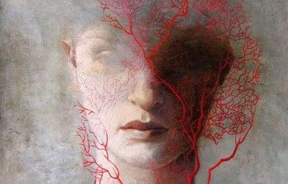 Kvinna med rött hår