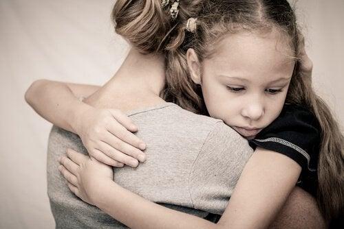 Kram mellan mor och barn