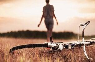 Person med cykel