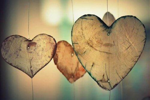 Hängande hjärtan