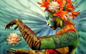 Kvinna med lotus