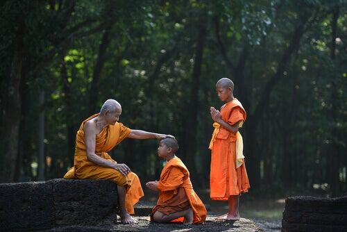 Unga buddhistmunkar