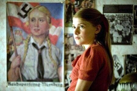 Gretel med nazistpropaganda