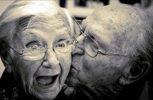 Hur man åldras lyckligt