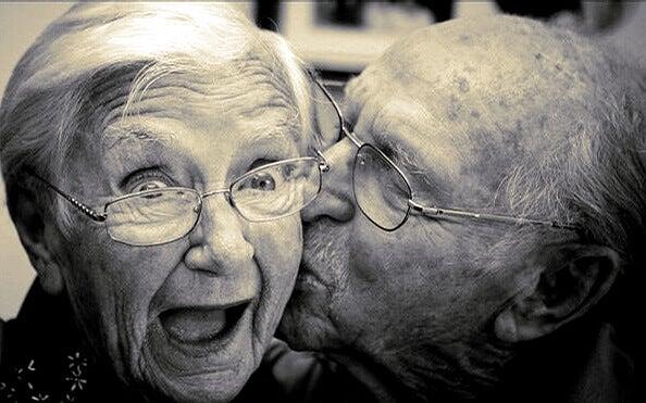 5 tips som hjälper dig att åldras lyckligt