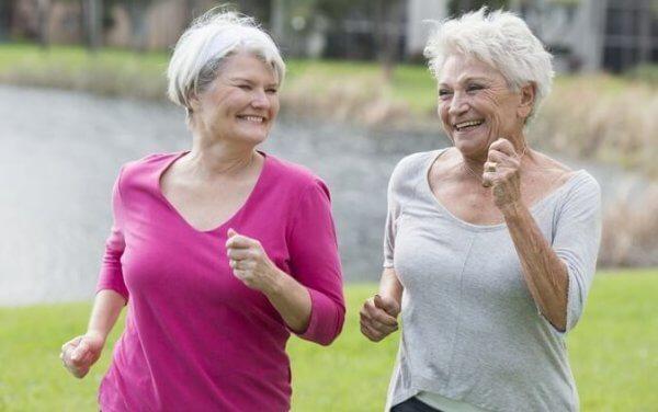 Motionerande kvinnor