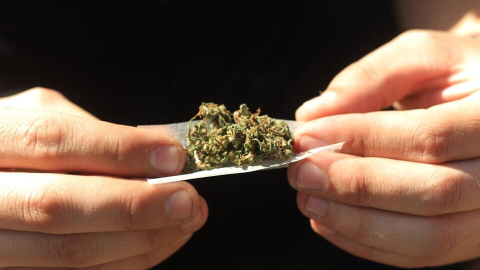 Rullar marijuana