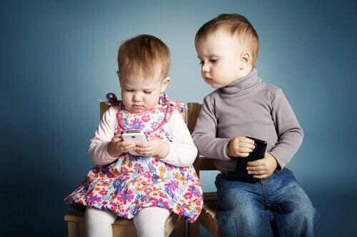 3 bra anledningar till att inte ge barnen en telefon