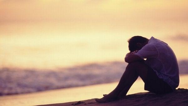 Ensam och ledsen man