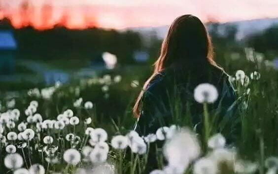 Jag glömde nästan att jag inte älskar dig längre